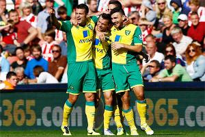 Canaries Cruise Past Potters At The Britannia