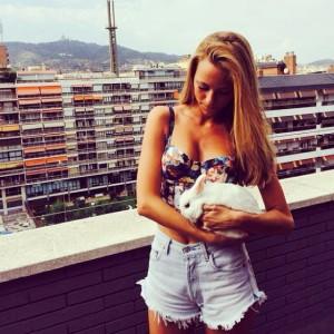 Girlfriend of Alexis Sanchez's