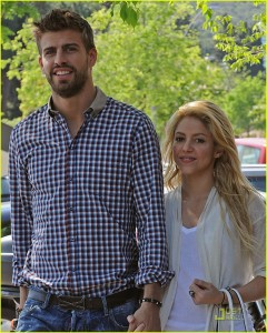 Photo Images of Gerard Pique and Girlfriend
