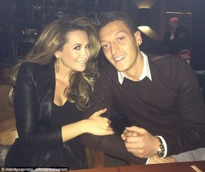 Mesut-Ozil's-Girlfriend (5)