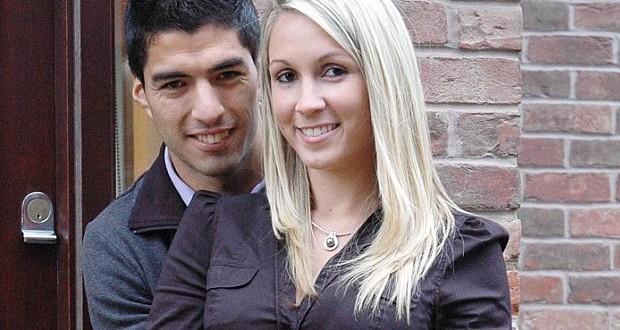 Luis-Suarez's-Girlfriend (3)
