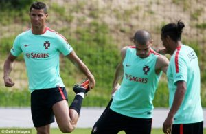 Fernando Santos:Ronaldo Is More Important to Portugal Than Madrid