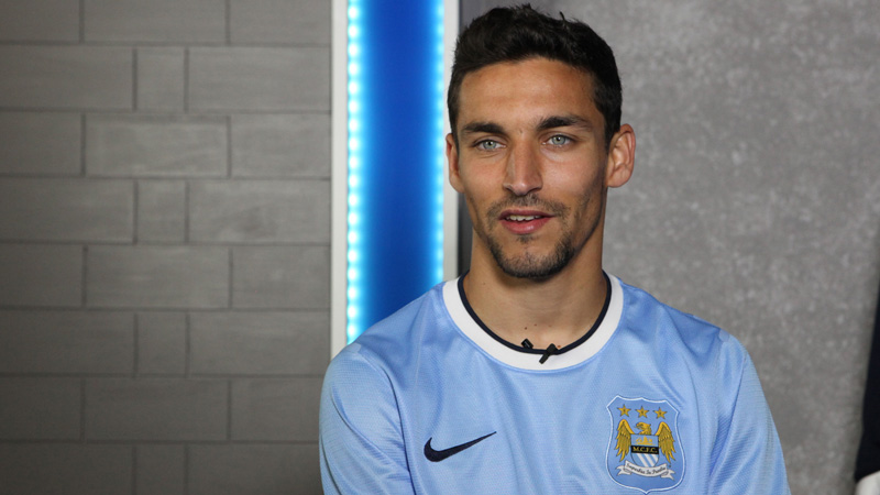 Pep is planning on sending Jesus Navas to the professor to get an extra Jesus Candy.