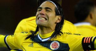 Top 5 Friendliest Footballers Of All Times