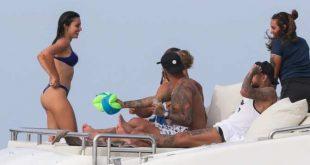 neymar's girlfriend bruna binancardi in bikni with neymar